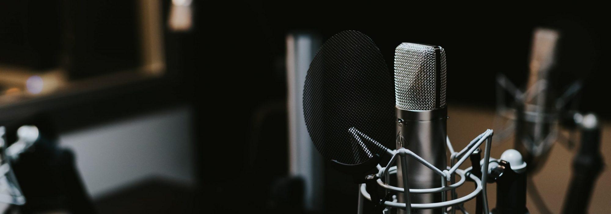 podcastjonathan-velasquez-c1zn57gfdb0-unsplash